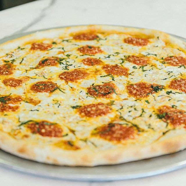 Middle of the week calls for a pizza pie! Order Di Farina tonight!