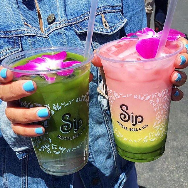 What are you treating dad to this Father's Day? Antioxidants and energy might not be a bad option 😉 if you bring dad (or your kids) by ANY of our Sip locations for buy one, get one 50% off all day  #sipmatcha #backtobasips 📷 @bbphangouts