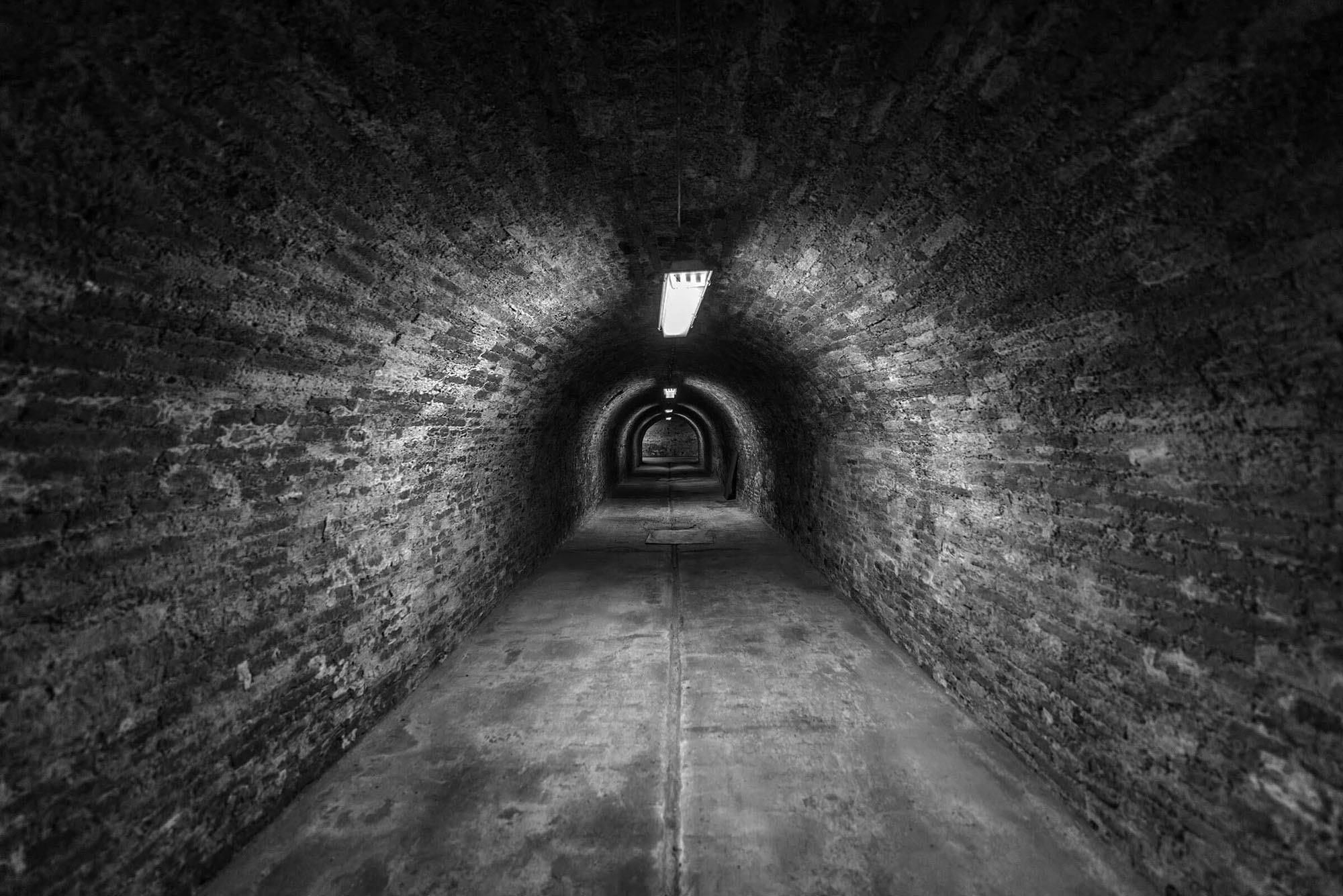 Unraveled Escape Room Cover Tunnel Jpg
