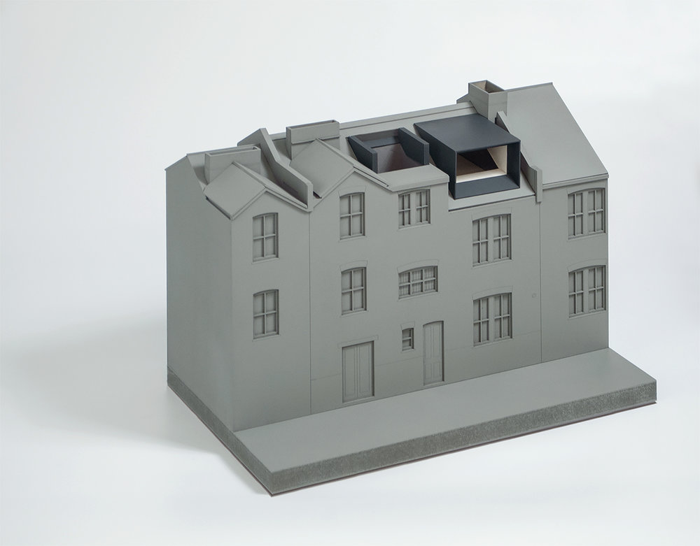 reveal in roof-con_form_architects_model 01.jpg