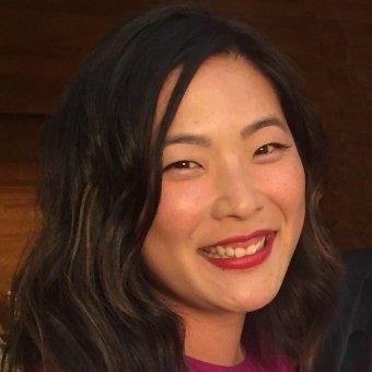 Jinha Servais (Graphic Designer)