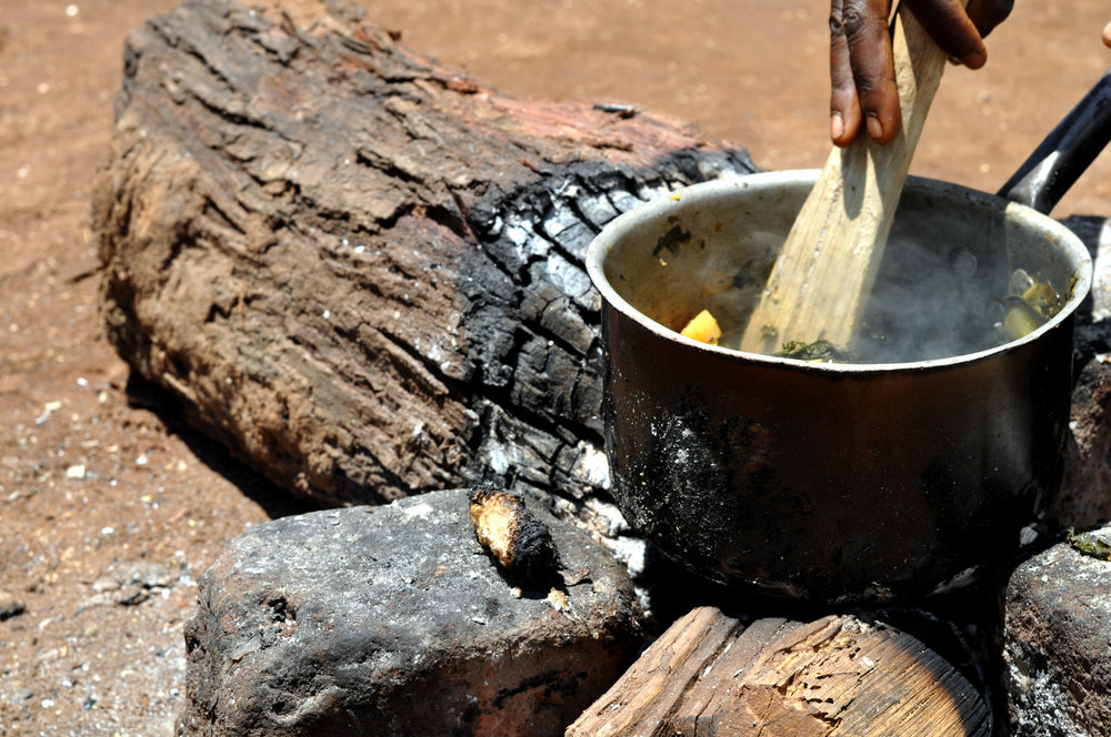 Open fires utilize large logs which are unsustainably harvested from surrounding forests and wooded areas of agricultural lands, the major driver of deforestation in the Luangwa valley region of Zambia.