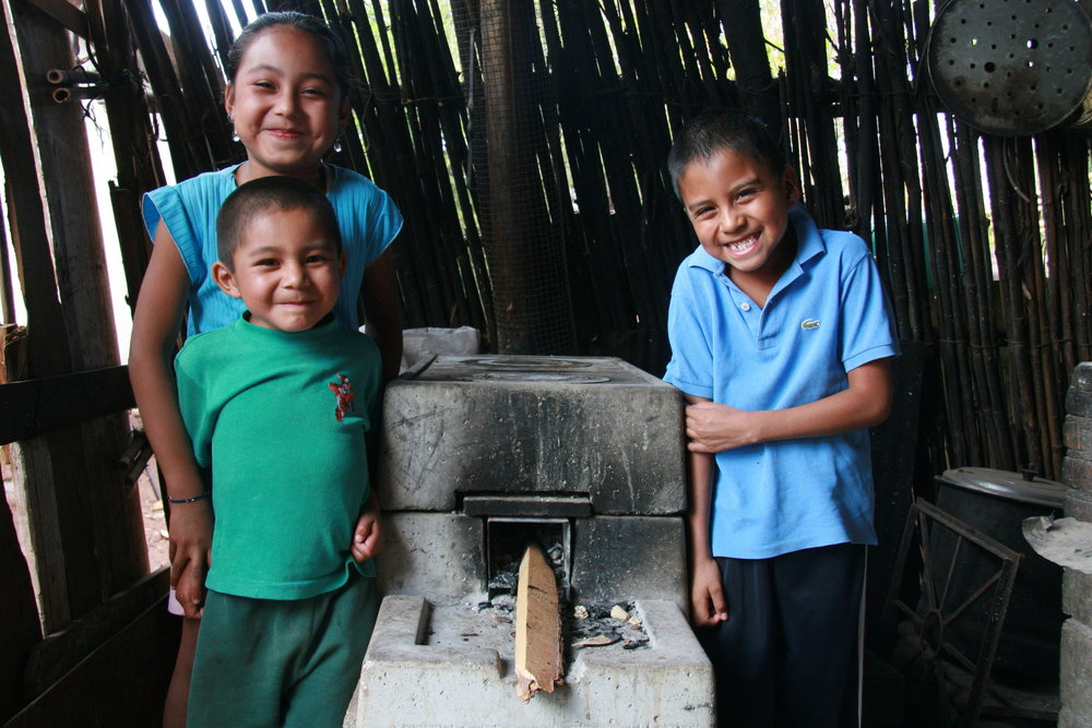 Happy beneficiaries of the ONIL Stove in Mexico.