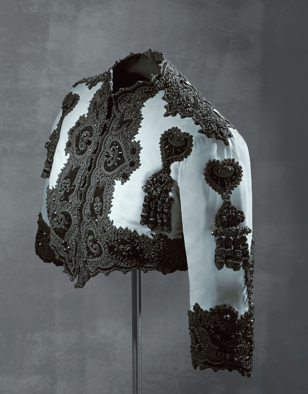 Bolero jacket, EISA, Spain, 1947 © Museo Cristóbal Balenciaga