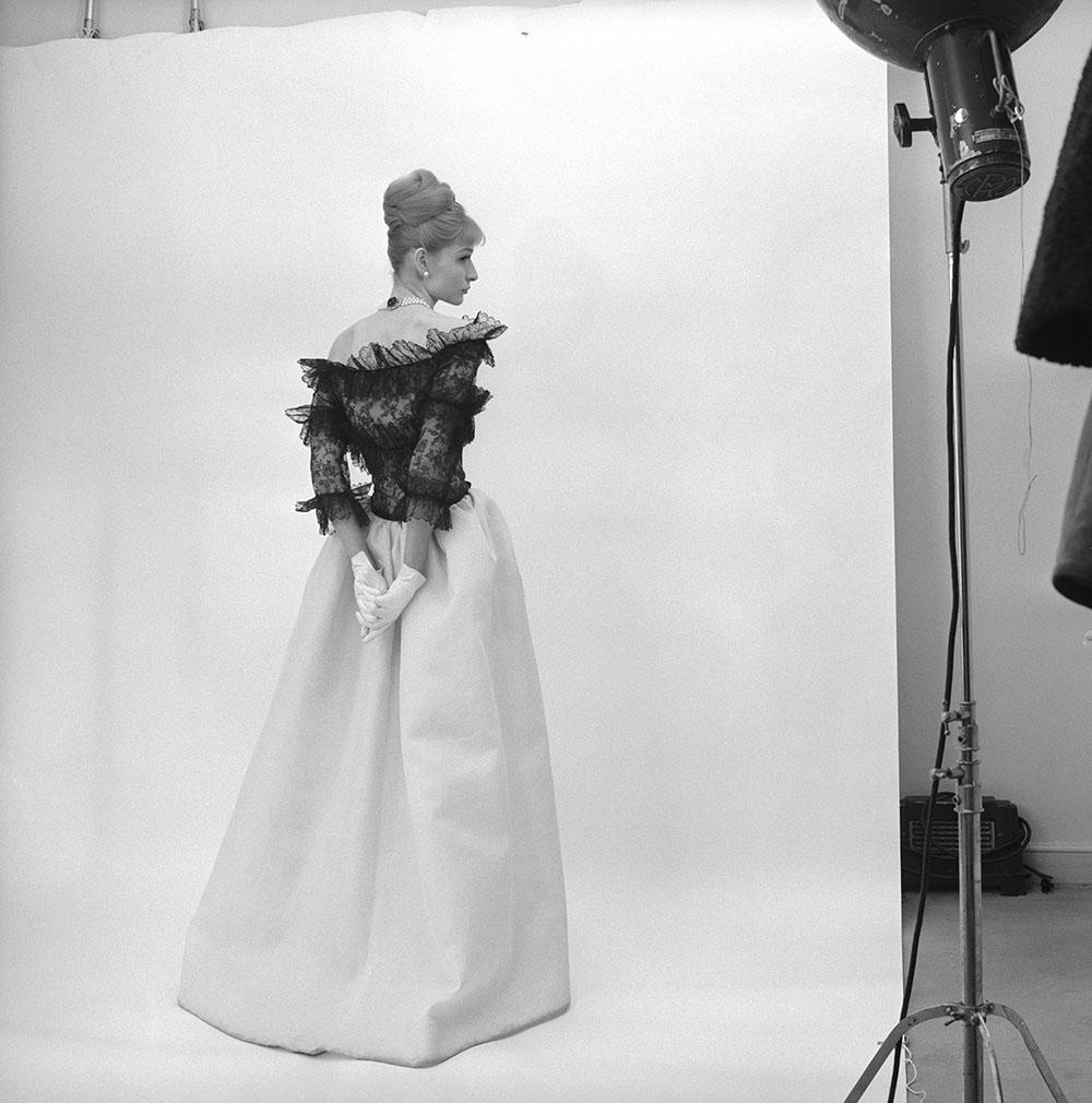 Evening dress, Cristóbal Balenciaga, Paris, 1962. Photograph by Cecil Beaton, 1971 © Cecil Beaton Studio Archive at Sotheby's