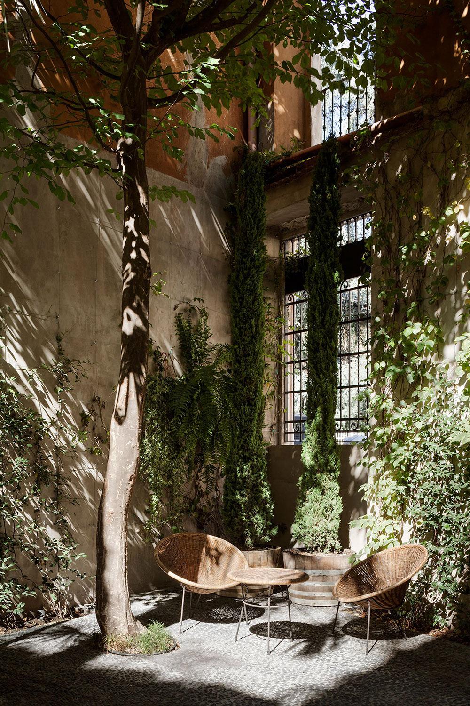 Six Gallery Milan Anniversary Magazine5.jpg