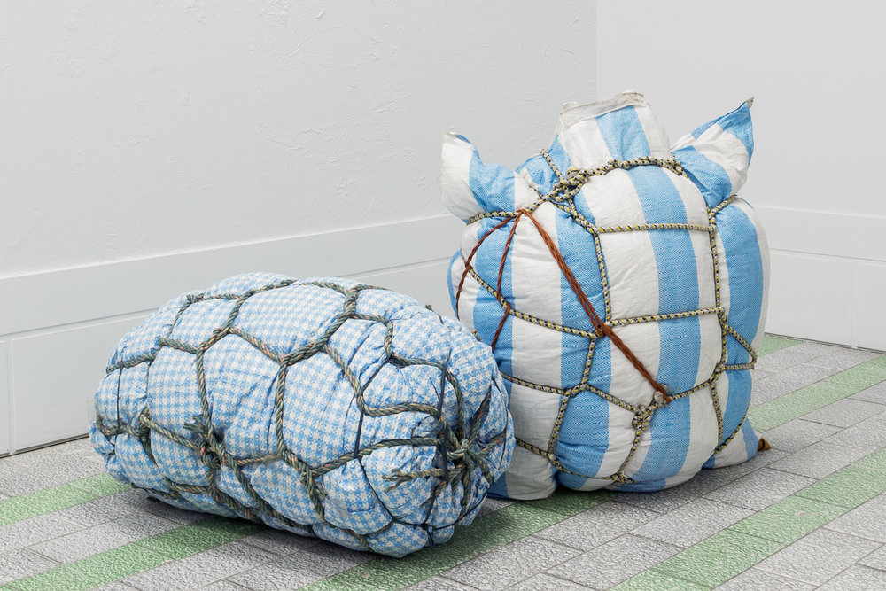 Laurie Kang, Bondage Baggage Prototype I and II, 2017.  Four Pillars, 2018 © Sandra La Rochelle.Courtesy of L'INCONNUE.