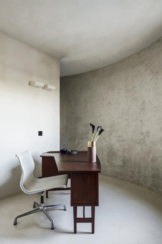Silo Apartment by Arjaan de Feyter on Anniversary Magazine18.jpg