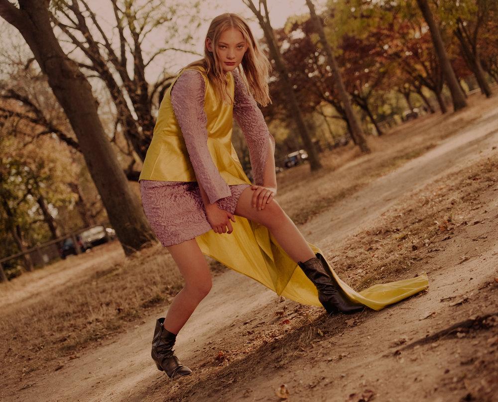 Silk dress - Aalto, Silk top - Léo, Leather boots - Laurence Dacade.