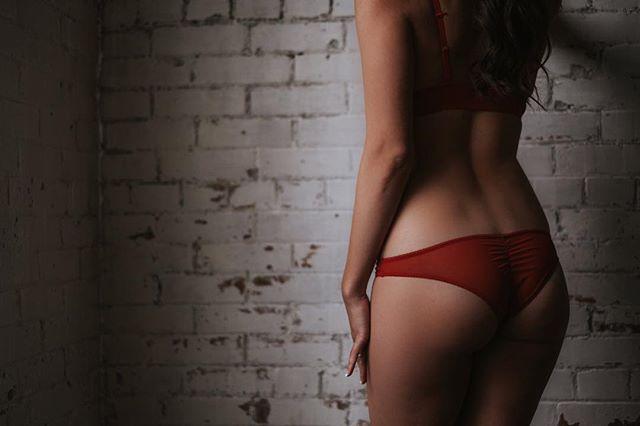 """Invisible threads are the strongest ties."" ― Friedrich Nietzsche . . . . . . . . . #boudoir #edmontonboudoir #yegboudoir #intimate #inspo #yeg #makeportraits #loft #loftstudio #boudoirphotographer #yegphotographer #boudoirphotography #boudoirstudio #portrait #makeportraits #beauty #beautiful #domorephotographer #chasinglight #lookslikefilm #woman #instagood #intimateportraits #boudoirphotography #intimatelifestylephotography"