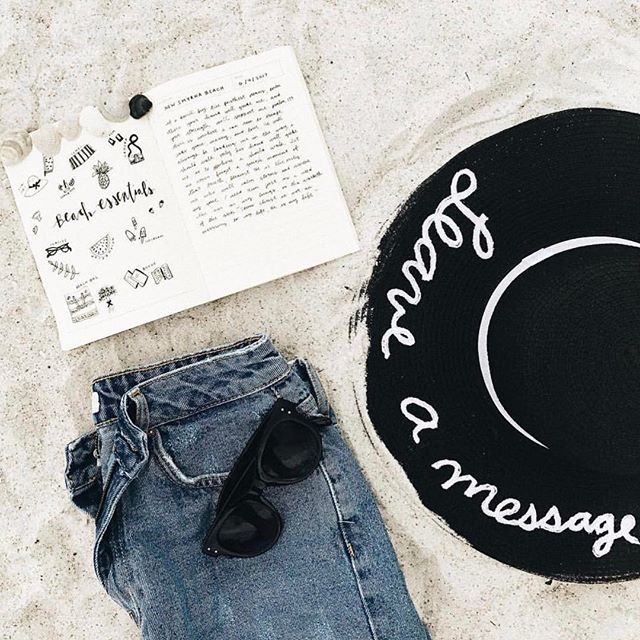 """""""Leave a message"""" 🖤"""