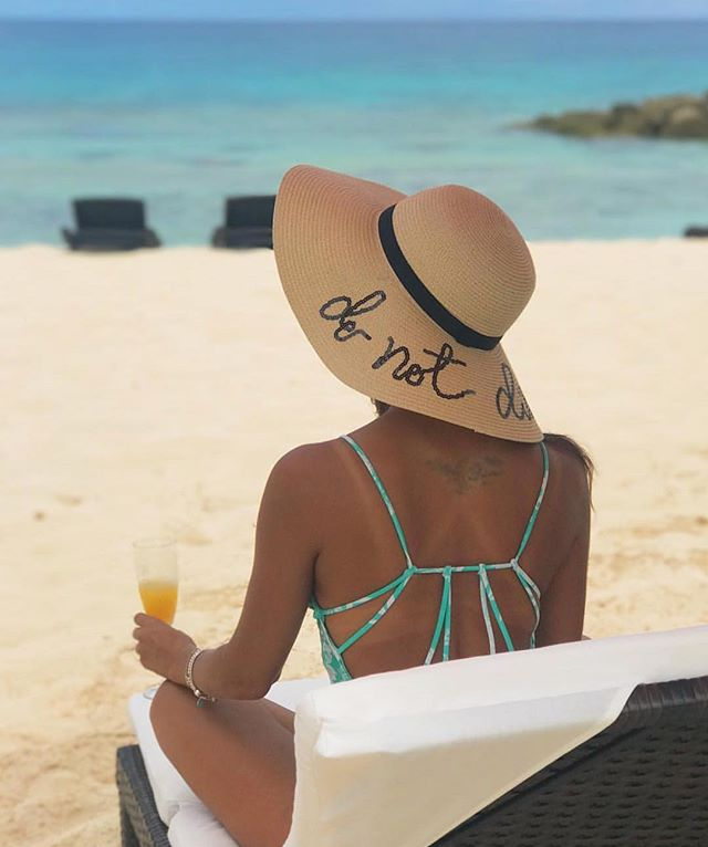 """""""do not disturb"""" @lively_view in the Bahamas ☀️ #nicolemarciano"""