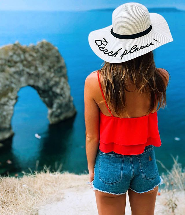 #Repost @lottieoldroyd ・・・ Life's a beach 🏝  #nicolemarciano