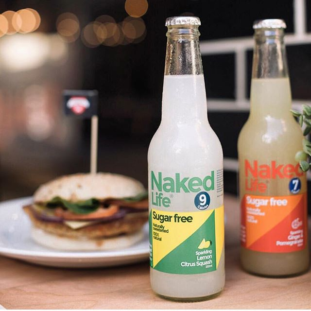 Wanting a healthy sugar free drink that ACTUALLY tastes good... with your fresh Schnitz?! Grab a Naked life Sugar free and 100% natural soft drink with a hand cooked schnitzel from @schnitzau across Australia!!
