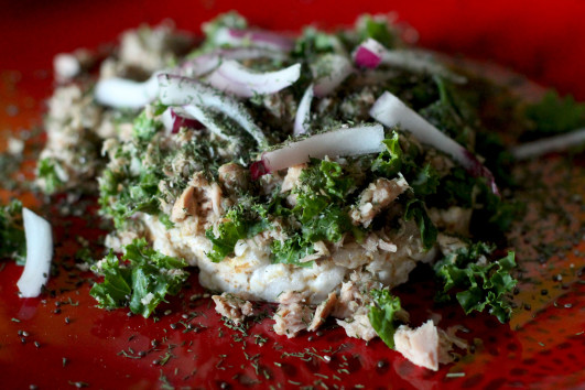 Tuna SUPRIIIIIIISE!!!:    Mix up tuna, olive oil, black pepper, dill, lemon juice, and chia seeds. Add finely chopped kale and red onions. Spread on a rice cake or break up your rice cakes to use as a dipping spoon for the chillest lunch ever.