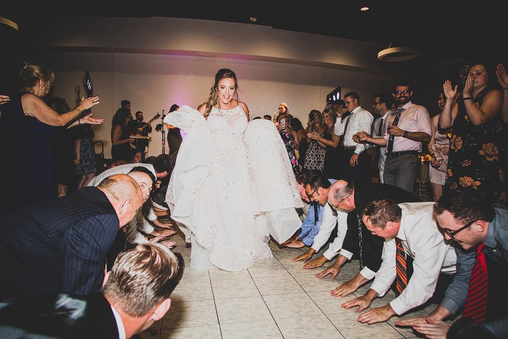 Pittsburgh-Wedding-Photographer-Katie-Ryan-Wedding074.jpg