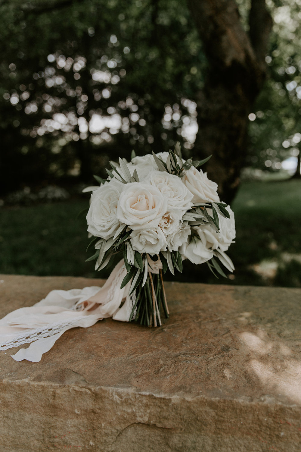 J.Blu Design Peoria Illinois Wedding Florist Pear Tree Estate Wright Photographs.jpg