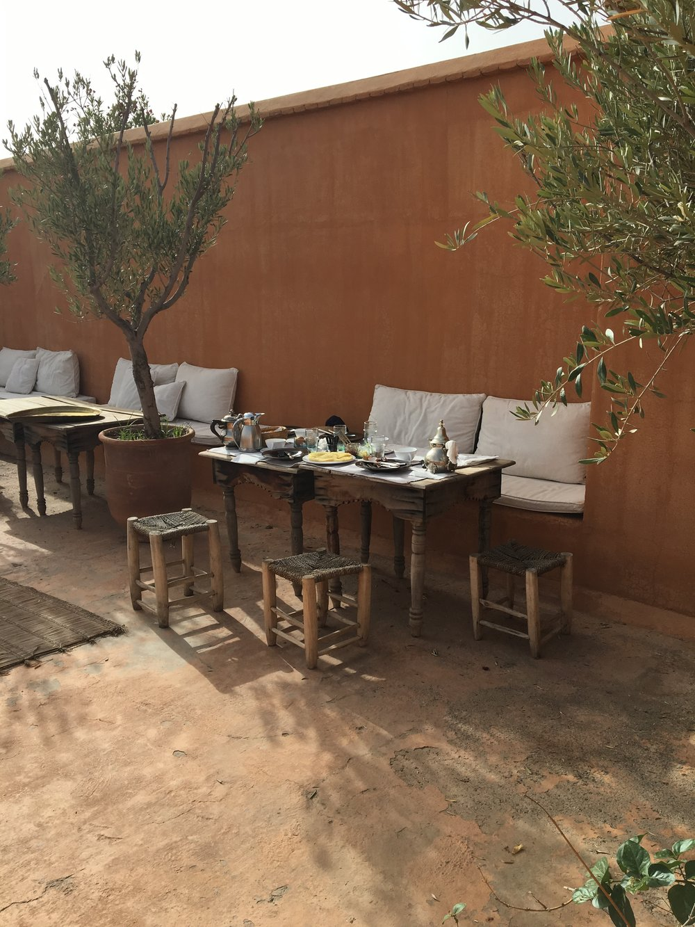 Breakfast on the rooftop terrace at Riad Azzouna 13 | Marrakech