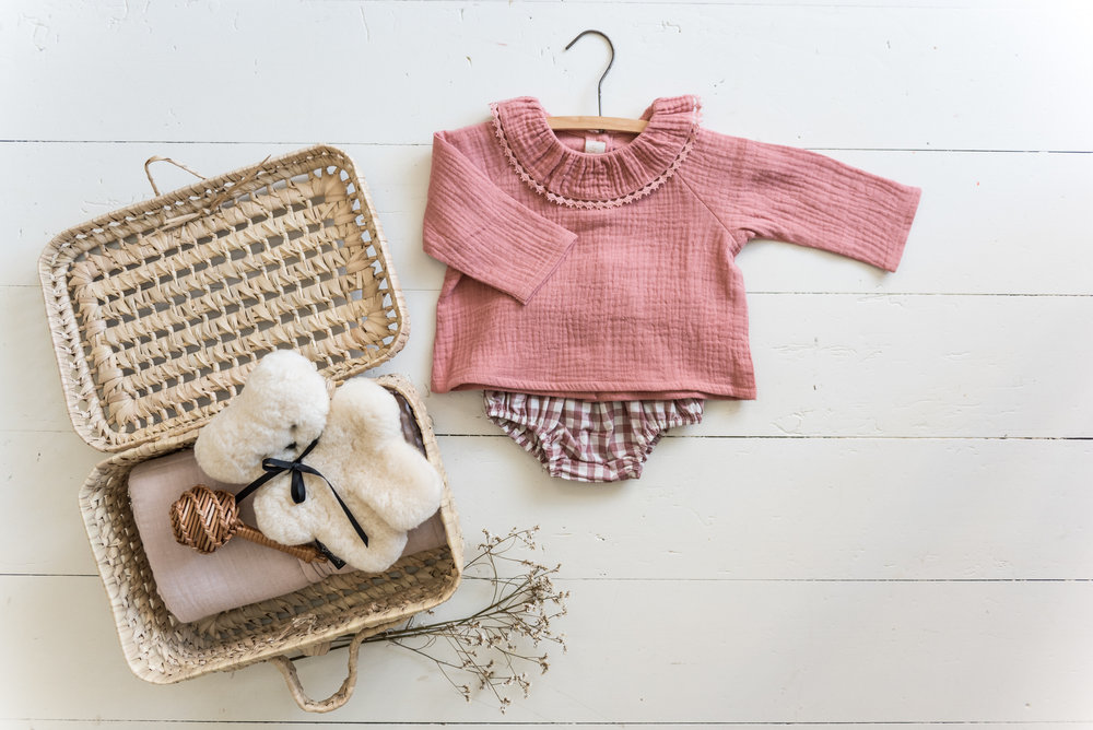 blouse et bloomer  Apaches , hochet  Nature Baby