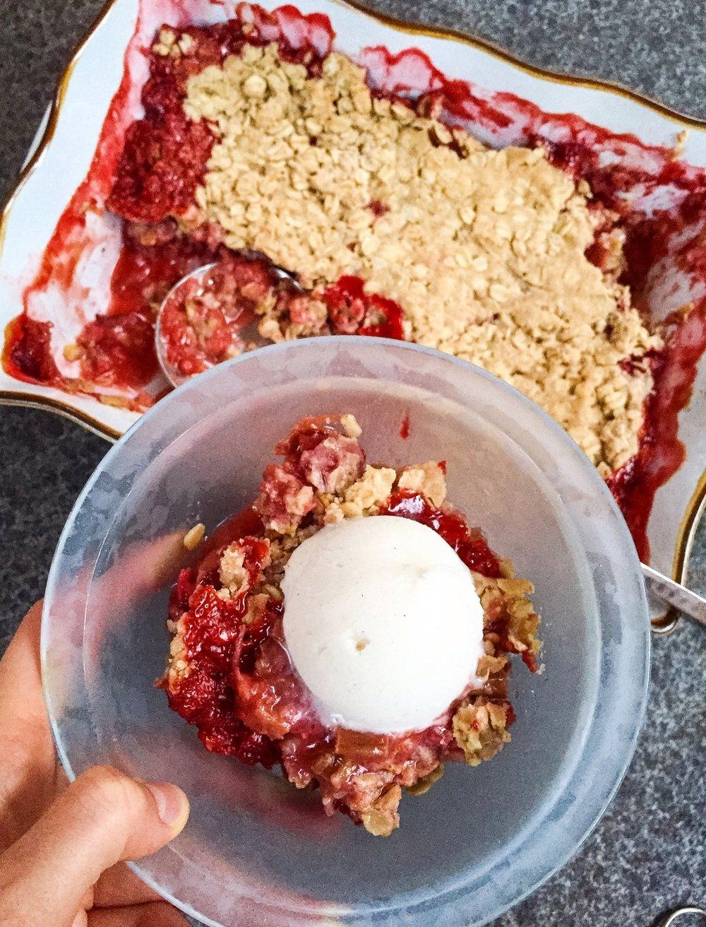 Ontario Strawberry & Rhubarb Crisp