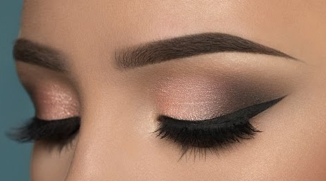Our Favorite Eye Liner And It S Less Than 7 Charmfully Chic