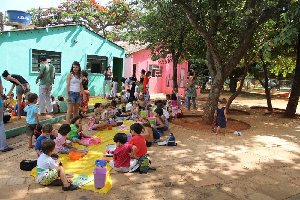 Vivendo e Aprendendo (Brasília-DF)