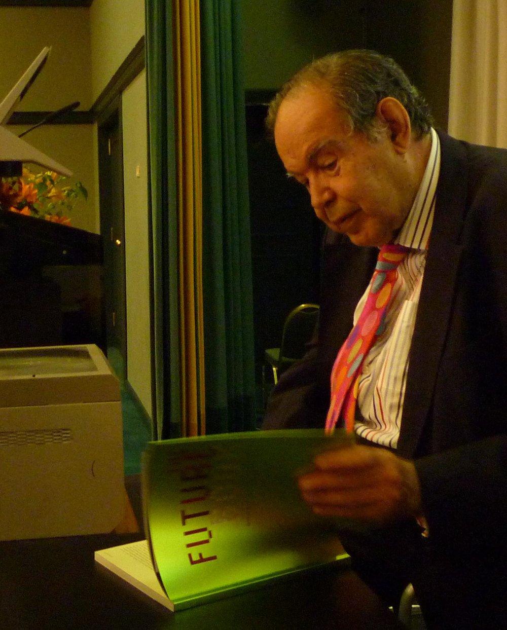 Challenge Future - Future Book to Edward de Bono Uploaded by McGeddon