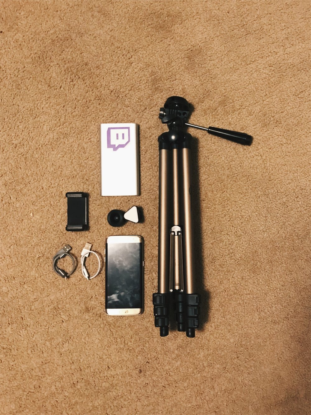 This was my old setup, with a 10000 mah power babnk, amazon light tripod, shortened wires, AMIR 3 in 1 wide angle clip on lens, samson s7 edge obviously