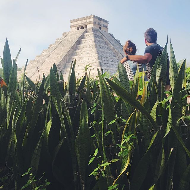 Admiring one of the seven wonders! One advice: wake up early and be the first one to enter and enjoy this beauty for yourself. 🇲🇽😊👍