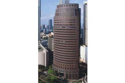 20140624-bt-gsh-corporation-led-group-buys-equity-plaza-$550m-pic
