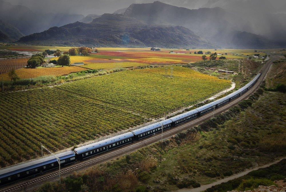 Rovos-Rail-HexRiverValley.jpg