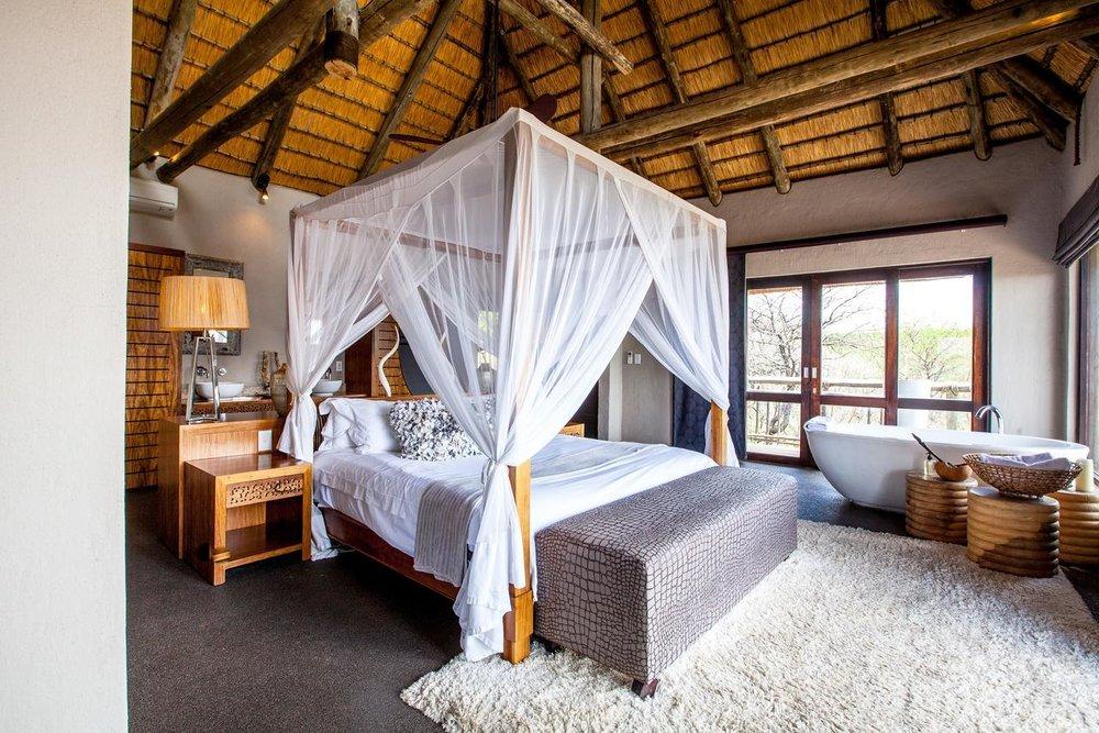 Honeymoon Suite Bedroom2.jpg
