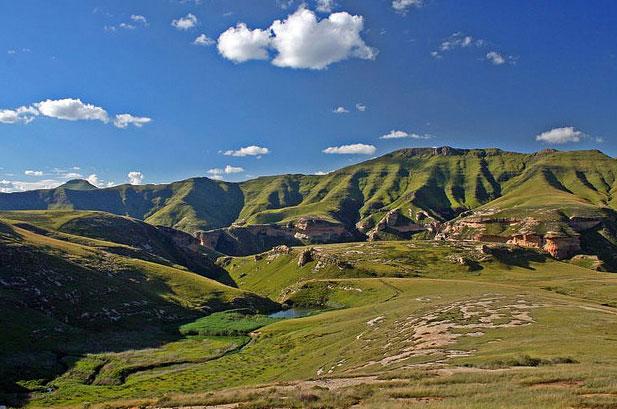 Lesotho_Maluti_Mountains_1.jpg