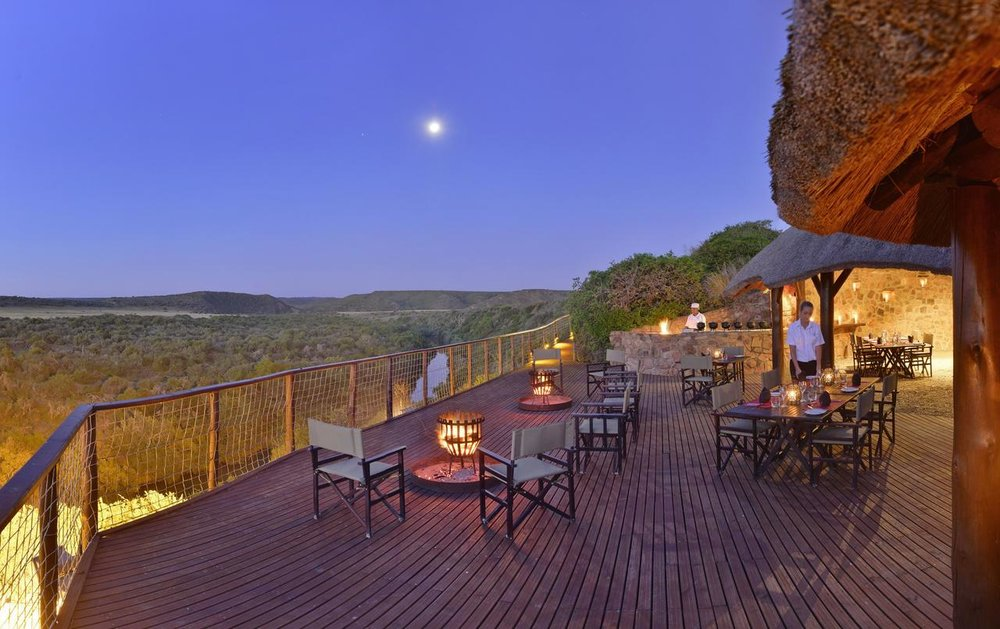 riverdene_family_lodge_boma_dinner_resize1.jpg