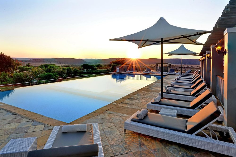 riverdene_family_lodge_pool_sunrise3.jpg