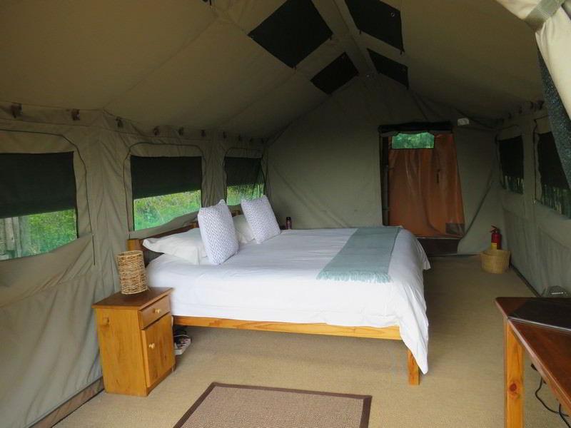 Woodbury-Tented-Camp-Amakhala-Game-Reserve-room.jpg