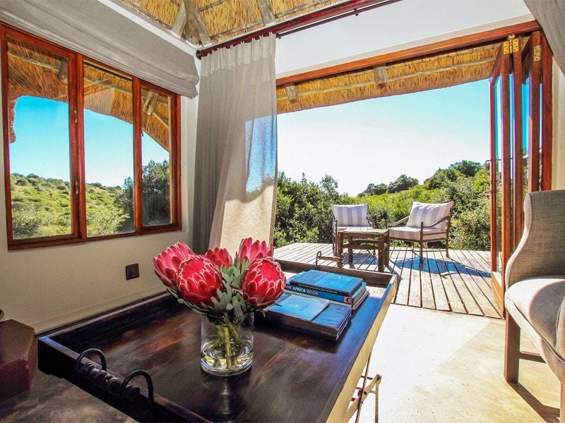 Eastern_Cape_Safari_greater_Addo_Amakhala_Bukela_Room_Lounge_Ljpeg-min.jpg