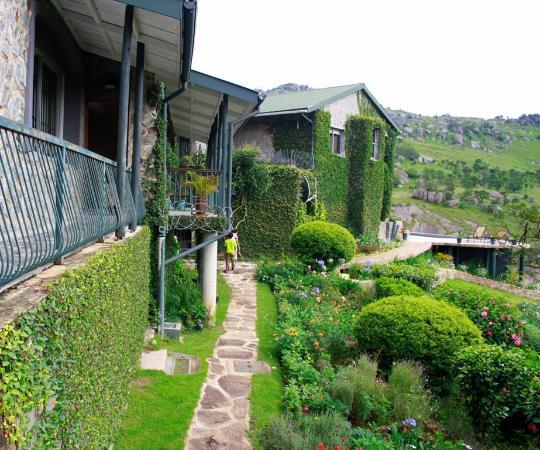ematjeni-guesthouse2.jpg