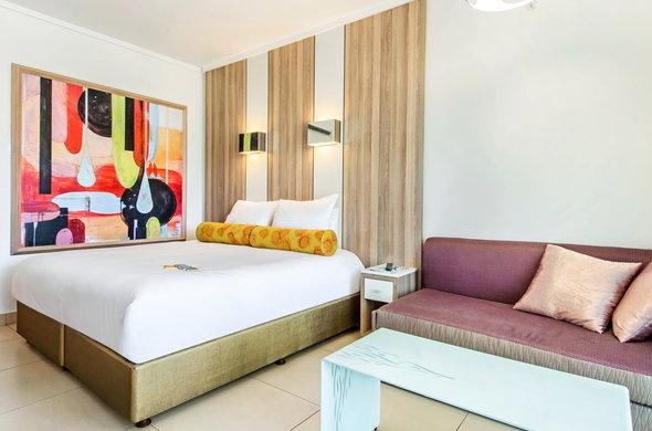cabanas-hotel-family-room-01-590x390.jpg
