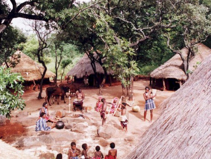 attractions682x512_345582480_shangana-cultural-village.jpg