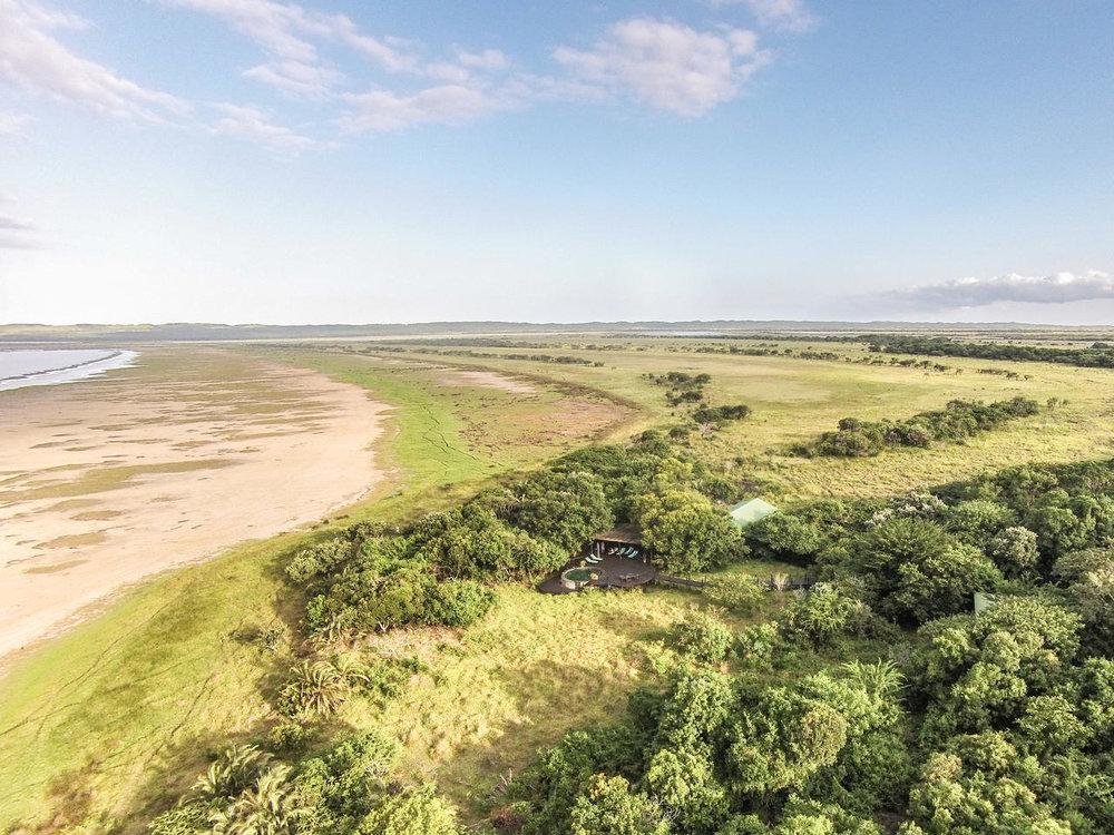 Agence_de_voyage_afrique_base en afrique du sud_capoupascap_voyage_cap_ou_pas_cap_safari africaine_Makakatana_Bay_lodge001.jpg