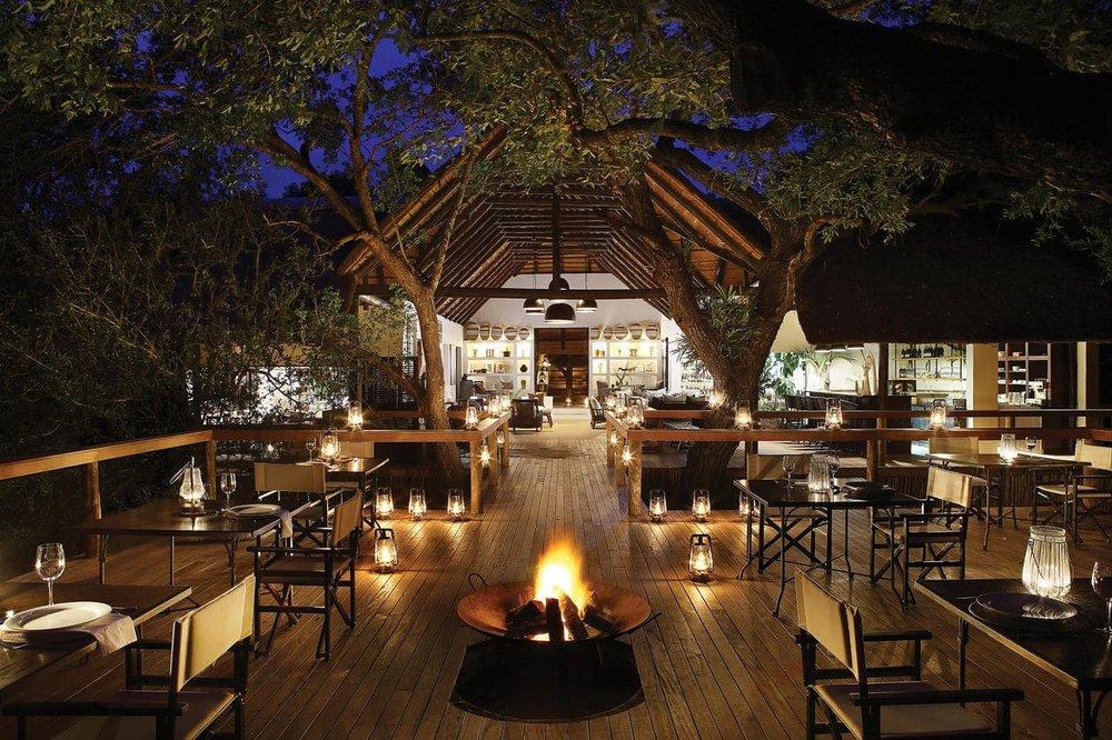 Agence_de_voyages_basée_en_Afrique_Tours_et_voyage_à_Cape_Town_et_les_vignobles_Voyage_de_noces avec_CapOuPasCap_Voyage_Londolozi_Tree_Camp02-min.jpg