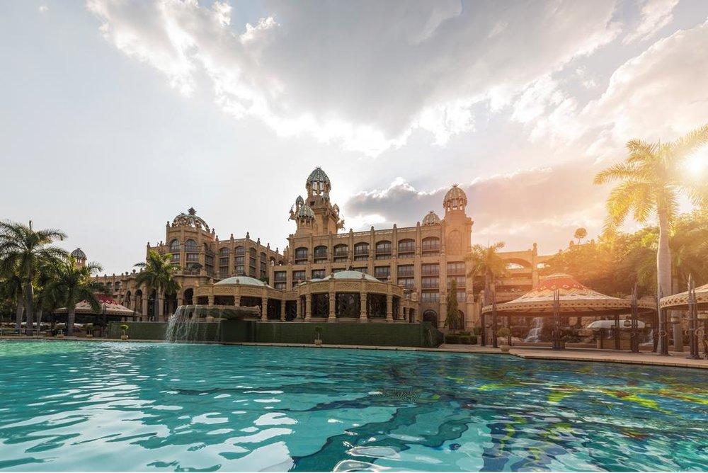 Agence_de_voyages_basée_en_Afrique_Tours_et_voyage_à_Cape_Town_et_les_vignobles_Voyage_de_noces avec_CapOuPasCap_Voyage_Sun_City_The_Palace1.jpg