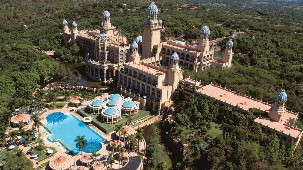 Agence_de_voyages_basée_en_Afrique_Tours_et_voyage_à_Cape_Town_et_les_vignobles_Voyage_de_noces avec_CapOuPasCap_Voyage_Sun_City_The_Palace2.jpg