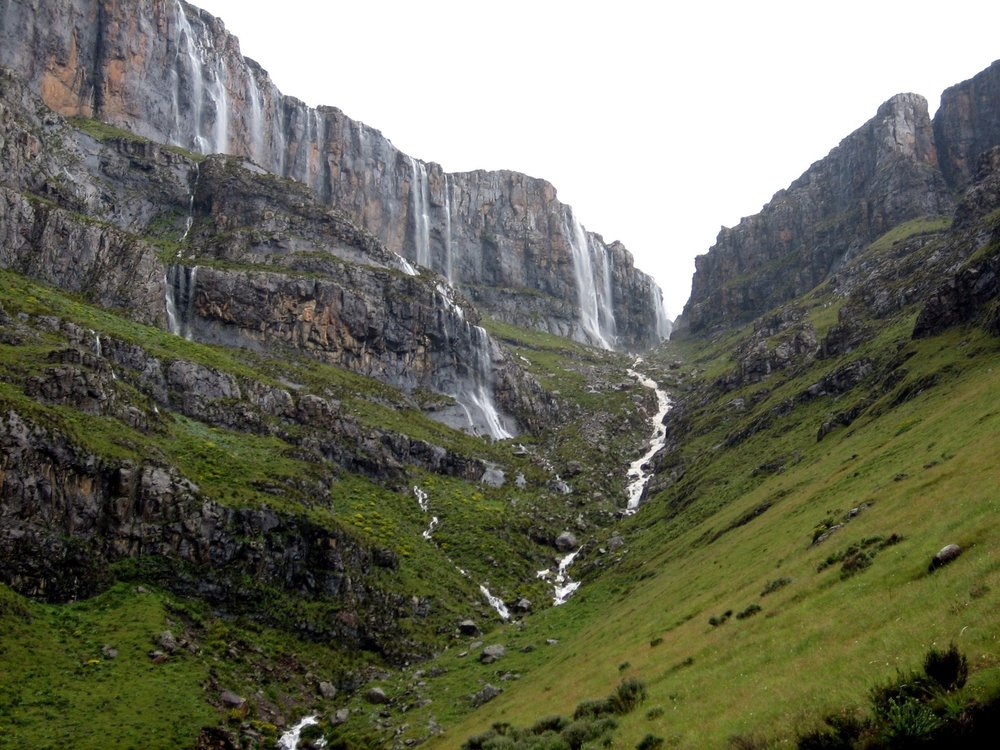 Agence_de_voyages_basée_en_Afrique_Tours_et_voyage_à_Cape_Town_et_les_vignobles_Voyage_de_noces avec_CapOuPasCap_Voyage_drakensberg5.jpg
