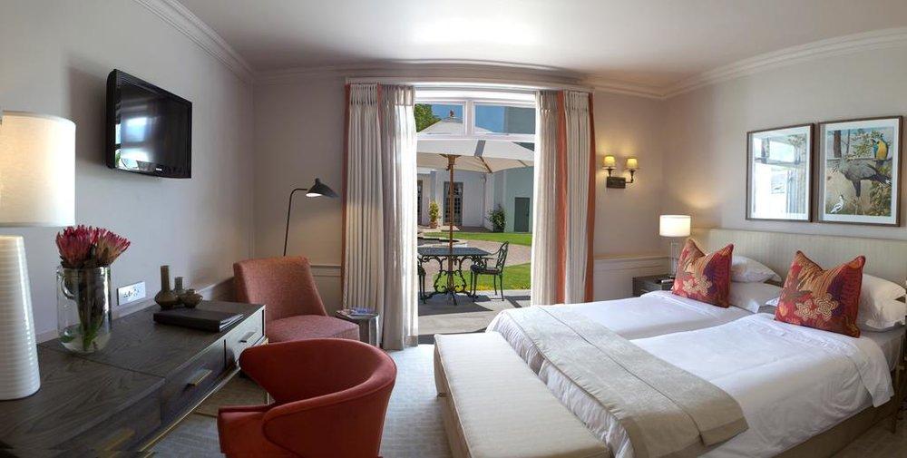 Agence_de_voyages_basée_en_Afrique_Tours_et_voyage_à_Cape_Town_et_les_vignobles_Voyage_de_noces avec_CapOuPasCap_Voyage_Winelands_Somerset West_Erinvale hotel3.jpg