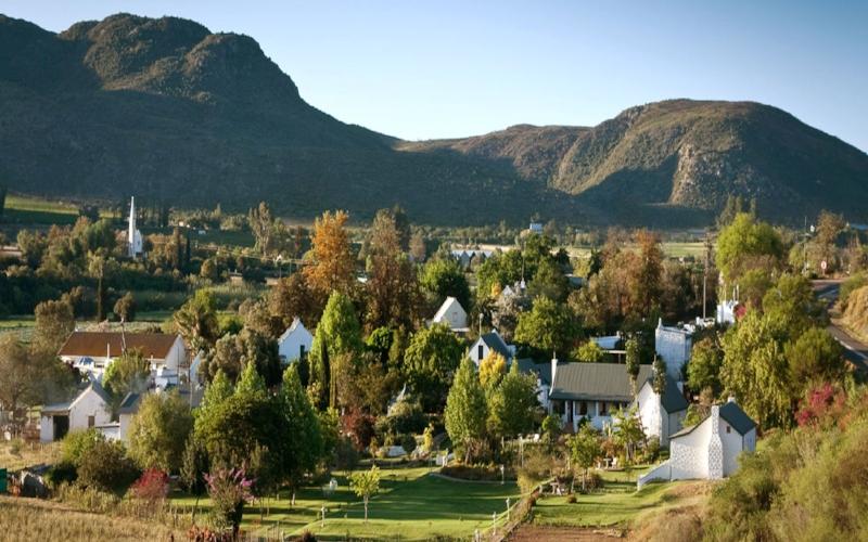 Agence_de_voyages_basée_en_Afrique_Tours_et_voyage_à_Cape_Town_et_les_vignobles_Voyage_de_noces avec_CapOuPasCap_Voyage_oudtshoorn_cango caves1.jpg