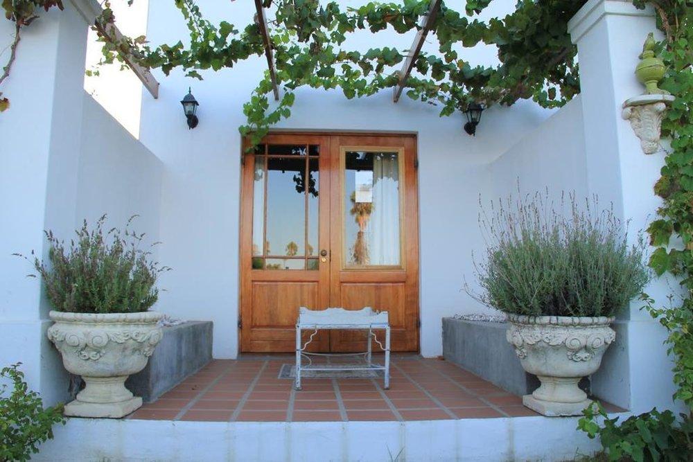 Agence_de_voyages_basée_en_Afrique_Tours_et_voyage_à_Cape_Town_et_les_vignobles_Voyage_de_noces avec_CapOuPasCap_Voyage_Corner house_Cape Town_Le cap_monagu_Vineyard country house6.jpg