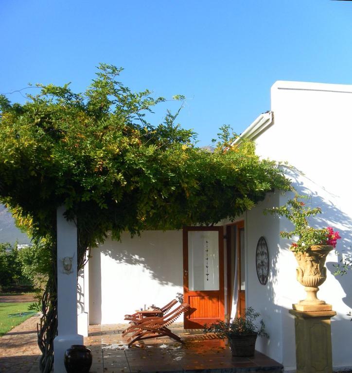 Agence_de_voyages_basée_en_Afrique_Tours_et_voyage_à_Cape_Town_et_les_vignobles_Voyage_de_noces avec_CapOuPasCap_Voyage_Corner house_Cape Town_Le cap_monagu_Vineyard country house7.jpg