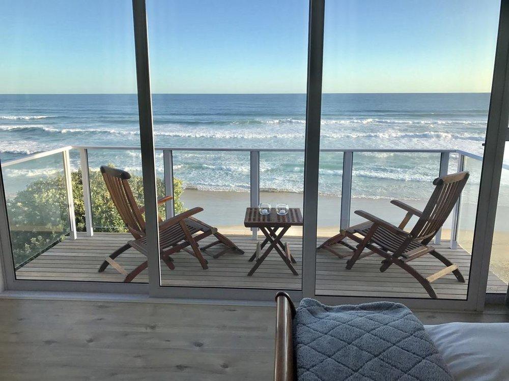 Agence_de_voyages_basée_en_Afrique_Tours_et_voyage_à_Cape_Town_et_les_vignobles_Voyage_de_noces avec_CapOuPasCap_Voyage_la_route_des_jardins_wilderness_dune beach house15.jpg